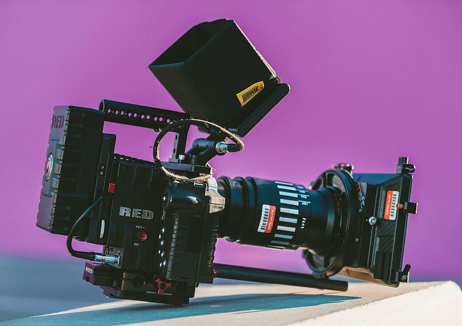 買了一台專業的攝影機,我就是個攝影師了?案子就會來?