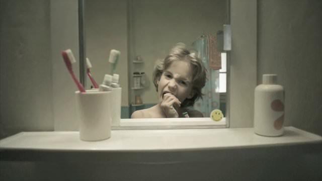 從鏡子裡看人生-Le Miroir 短片分享