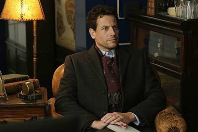 影片中主角有著知識淵博的古典紳士